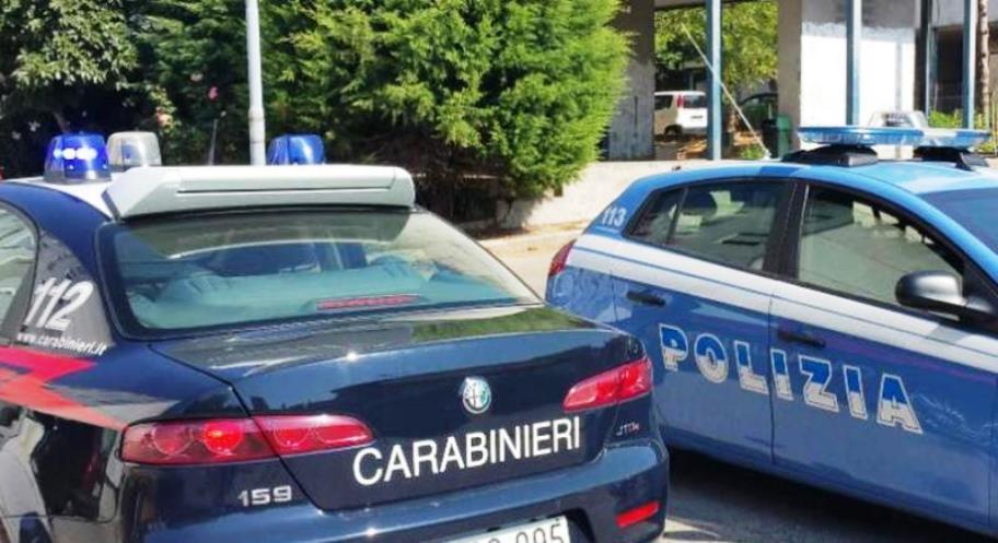 Cosenza. Carabinieri multano poliziotti per assembramento dentro al bar.