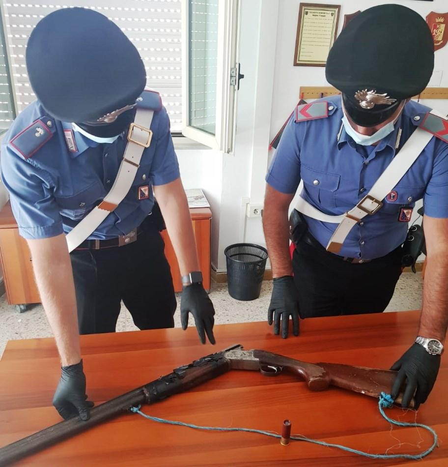 immagine carabinieri di bitti, rinvenuto fucile, arrestato un uomo