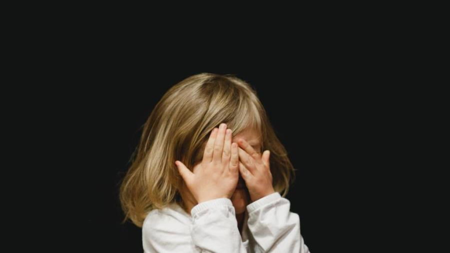 immagine abuso di minori