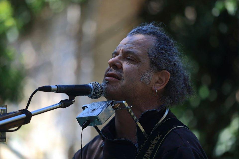 Il cantante e musicista sardo Alberto Sanna