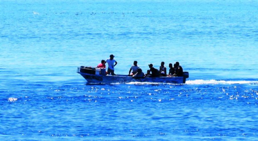 immagine imbarcazione algerini