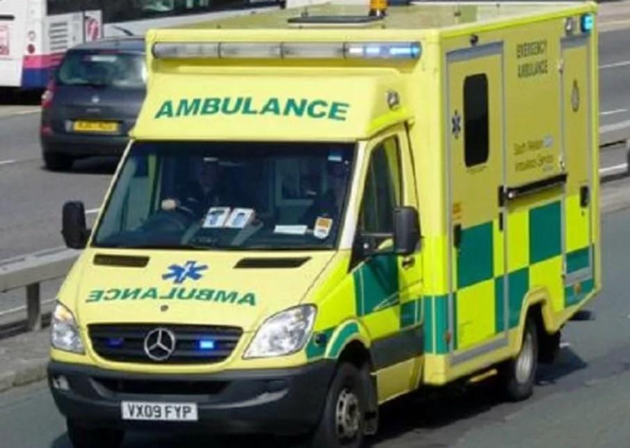 immagine ambulanza in inghilterra esplosione a bristol
