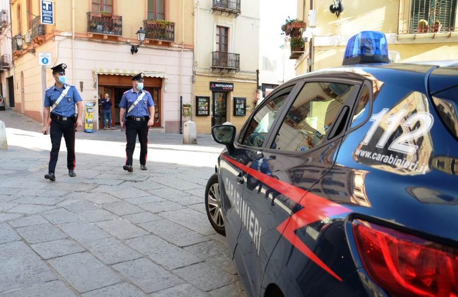 carabinieri a carloforte