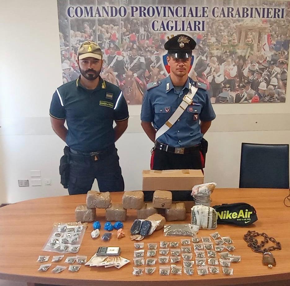 immagine carabinieri e guardia di finanza droga e denaro sequestrato