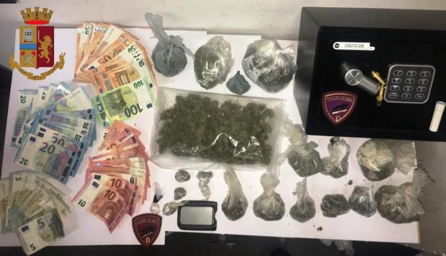 immagine droga e denaro sequestrato a sant'elia