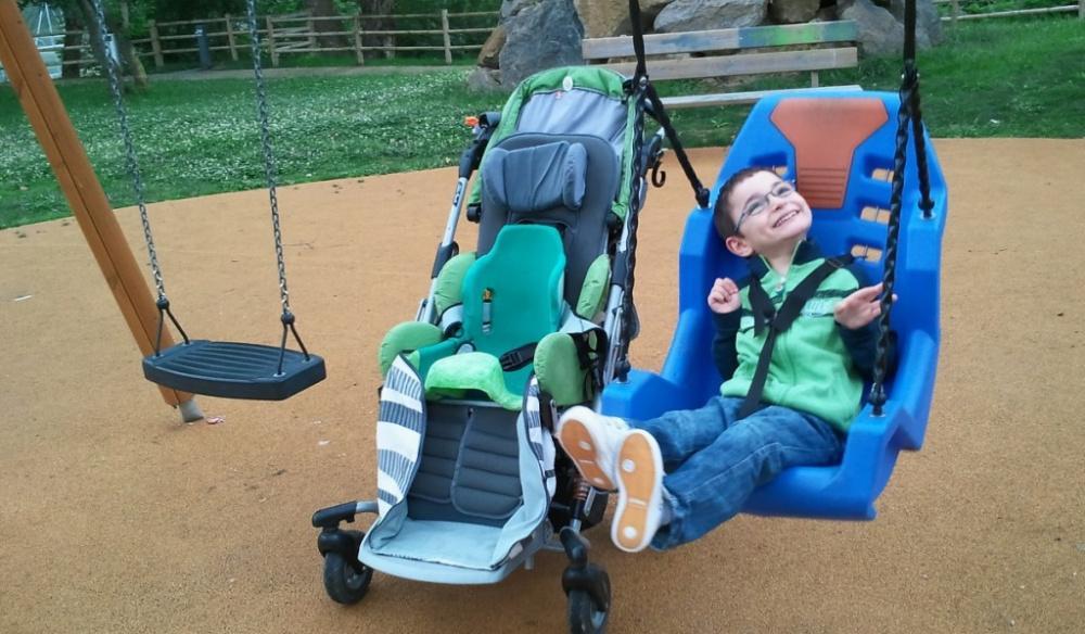 immagine bambini disabili