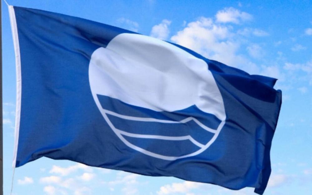 bandiera blu mare ambiente