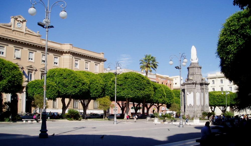 Immagine piazza del carnine a cagliari arrestati 4 spacciatori