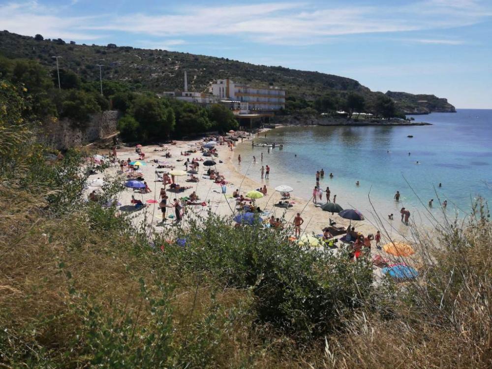 immagine spiaggia di calamosca