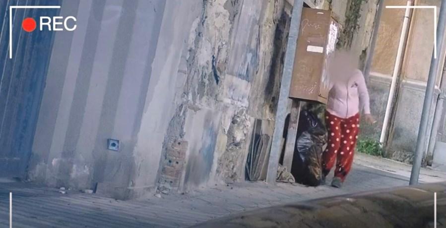 frame del secondo video per la campagna contro l'abbandono dei rifiuti a cagliari