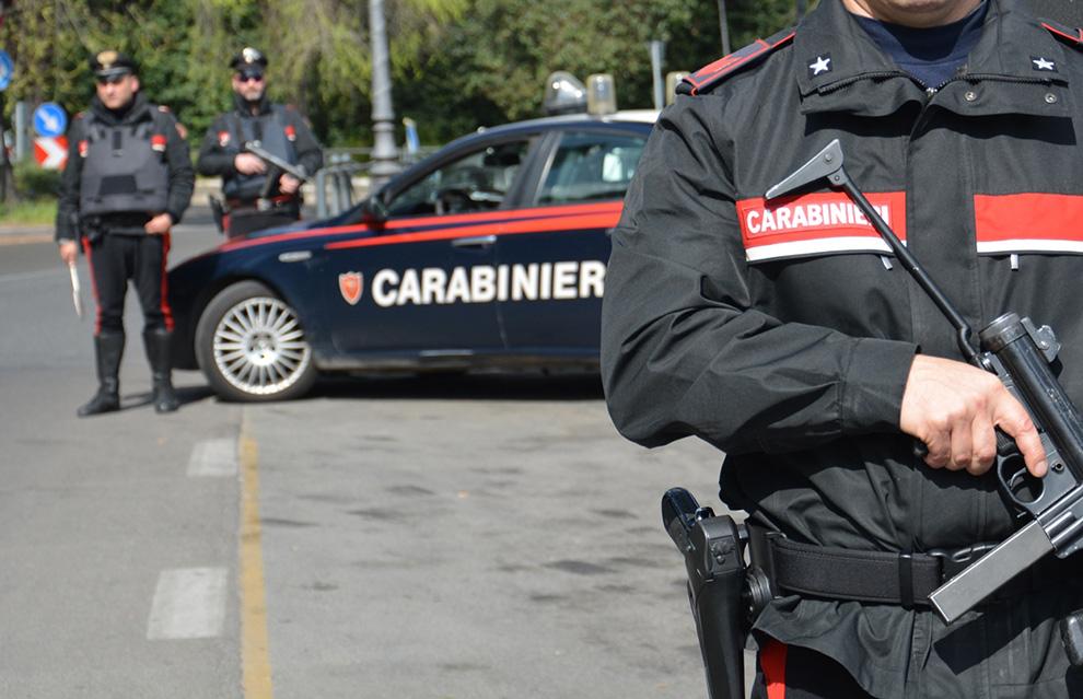 posto di blocco dei carabinieri