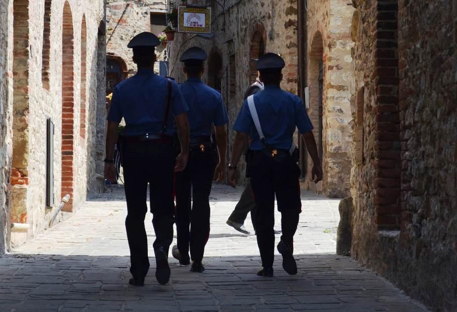 carabinieri capoterra furto di energia elettrica