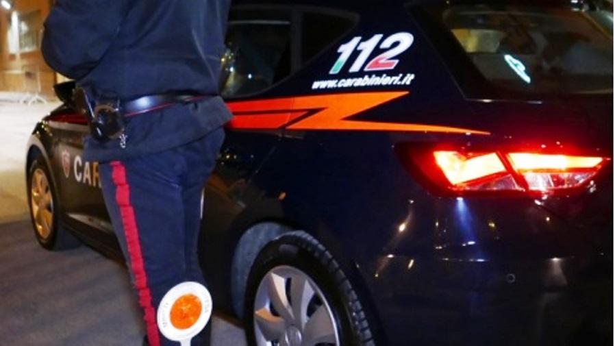 immagine auto carabinieri roma