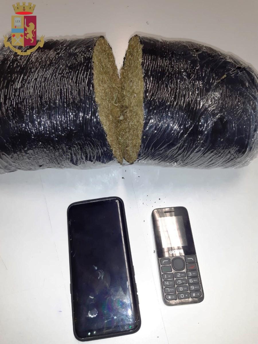 immagine droga sequestrata dalla polizia di roma
