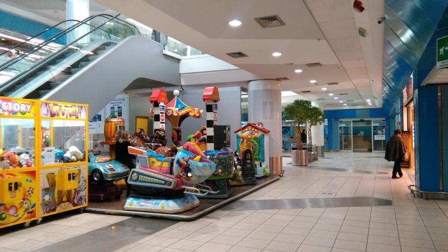 immagine centro commerciale primavera roma