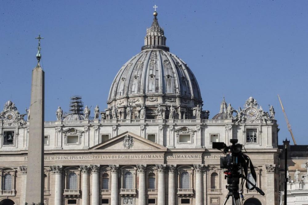 immagine chiesa papa abolisce segreto pontificio abusi sessuali