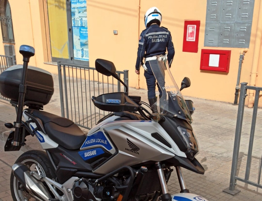 Controlli polizia locale via dell conce a sassari