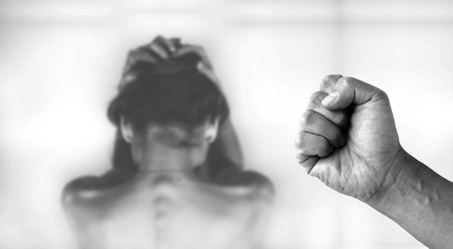 donna picchiata da marito