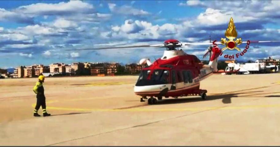 immagine elicottero vigili del fuoco