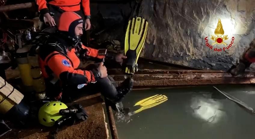 Esercitazioni delle Unità Speleo Sub dei Nuclei di Soccorso Acquatico e Subacqueo Vigili del Fuoco.