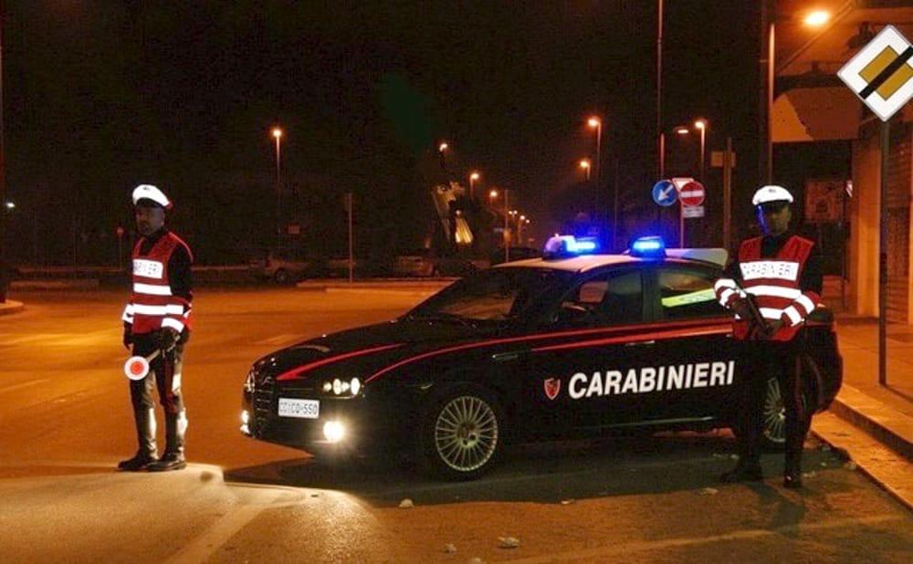 immagine posto di blocco carabinieri