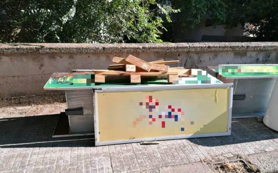 immagine frigoriferi abbandonati