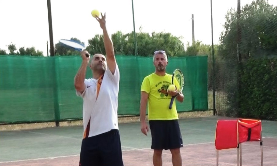 """A San Sperate il Tennis per gli ipovedenti. """"Vediamoci al Campo"""" con il Blind Tennis VIDEO"""