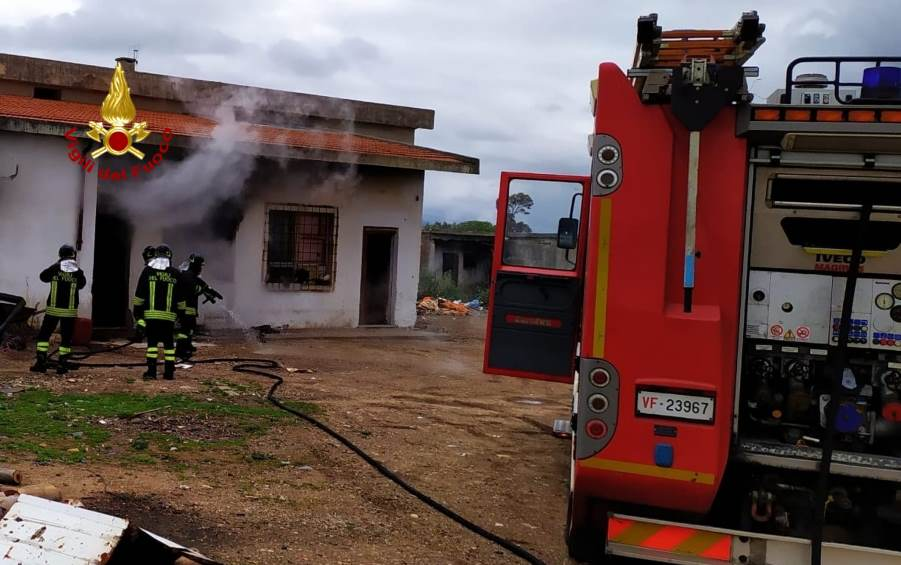 incendio abitazione serramanna