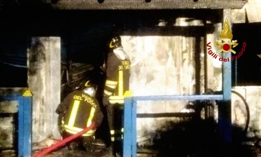 Quartu. Incendio nella sede di una società sportiva a Marina Residence