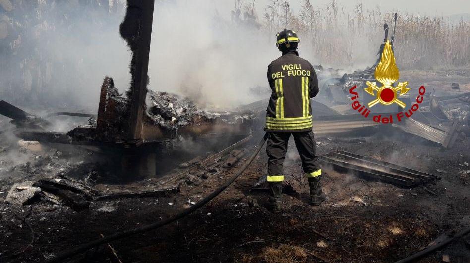 immagine incendio a terralba