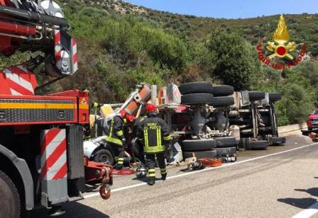 incidente stradale statale 387 gerrei