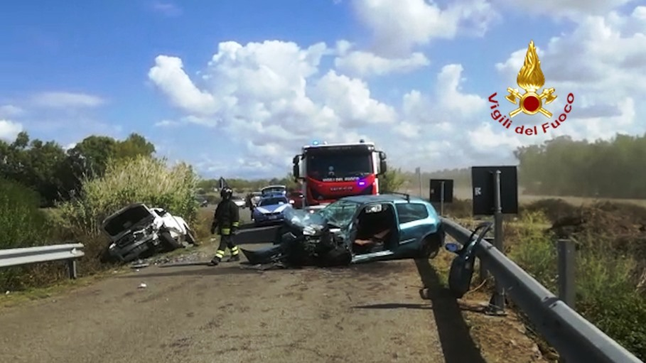 immagine incidente stradale a narbolia
