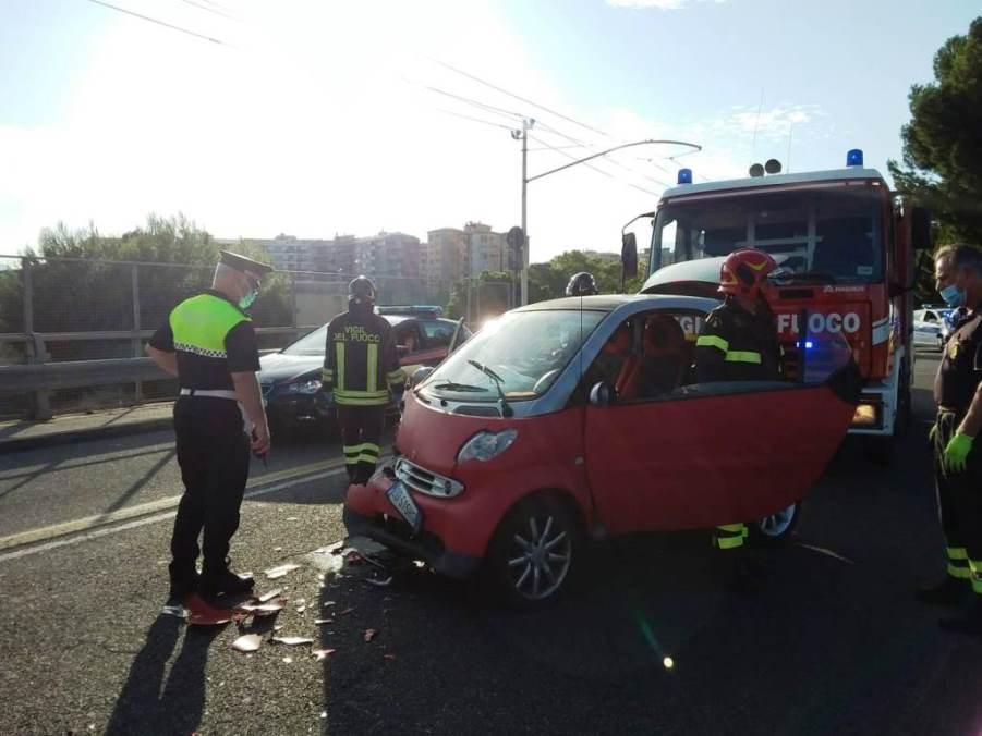 immagine incidente stradale a cagliari