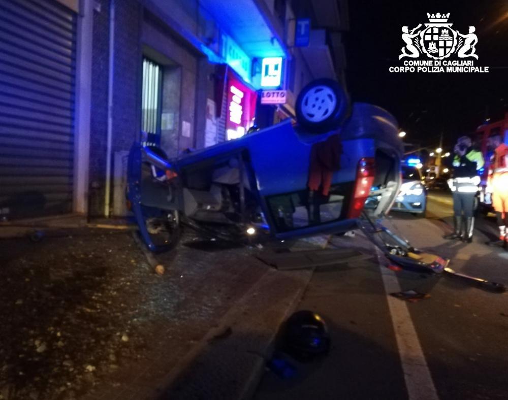 immagine di incidente a cagliari in viale bonaria