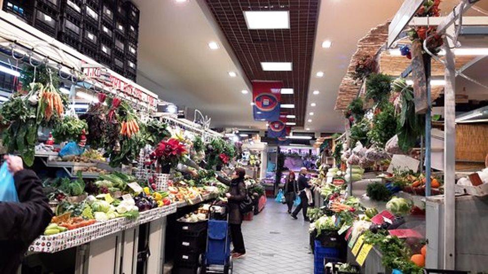 mercato di san benedetto a Cagliari