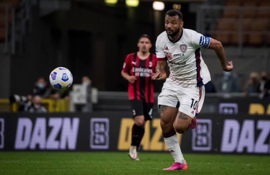 Milan - Cagliari termina in pareggio senza gol. Salva la serie A per i rossoblù