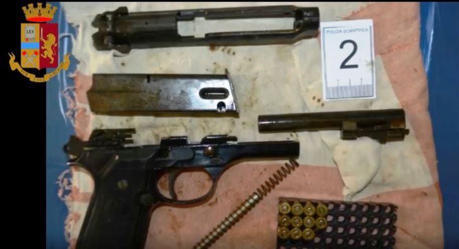operazione giulio cesare, armi sequestrate
