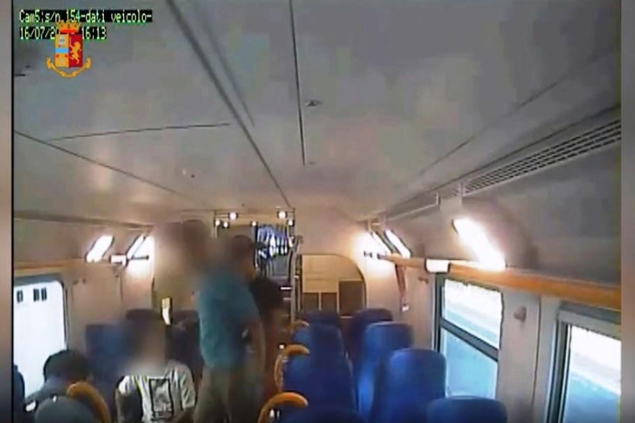 immagine rapina da video questura di torino