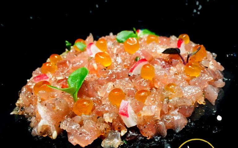 immagine piatto ristoratore cinese contro psicosi coronavirus