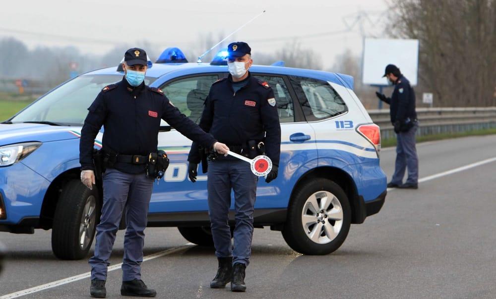 immagine polizia di stato napoli