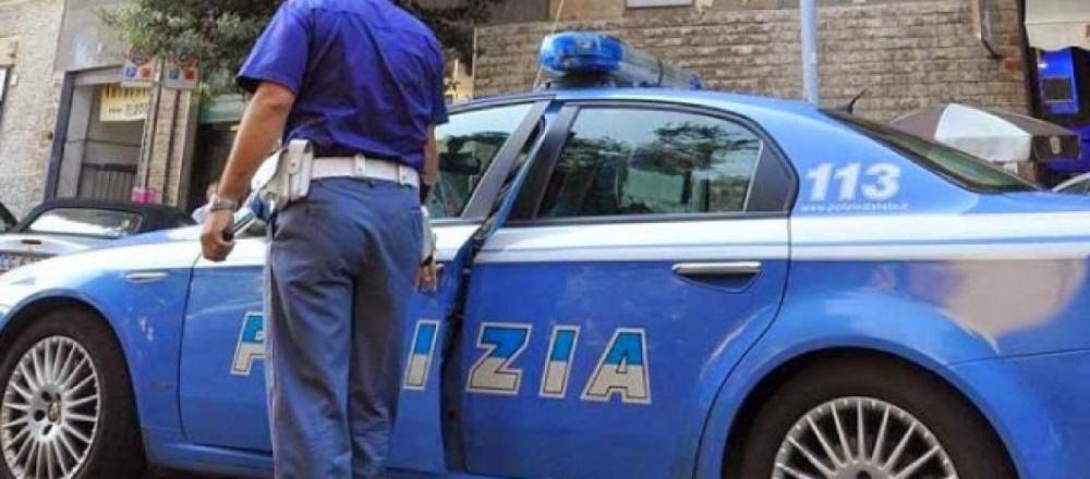 immagine polizia, pregiudicato fugge da comunità, rintracciato e arrestato dalla polizia