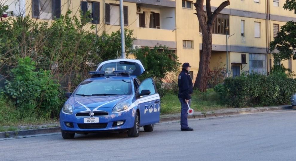 napoli controlli della polizia