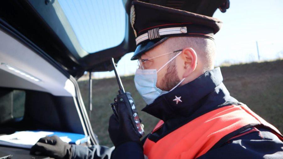 Fonni. Colpi di fucile contro i carabinieri al posto di blocco, continua la caccia all'uomo