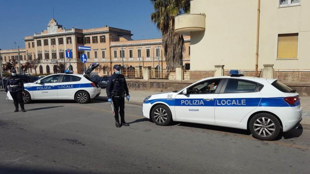 posto di blocco polizia locale sassari