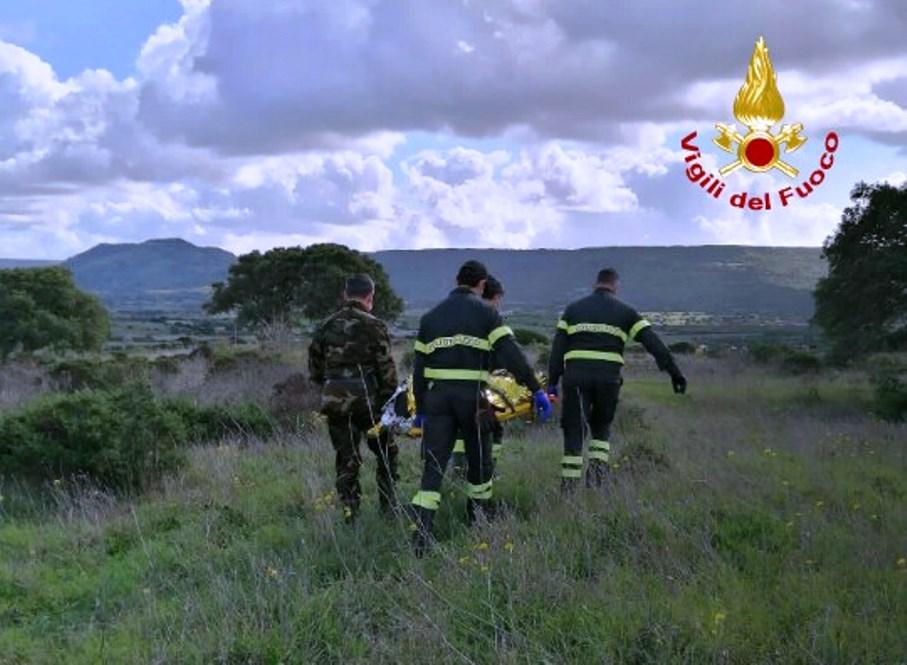 immagine intervento vigili del fuoco che ritrovano anziano scomparso ad Assolo Oristano