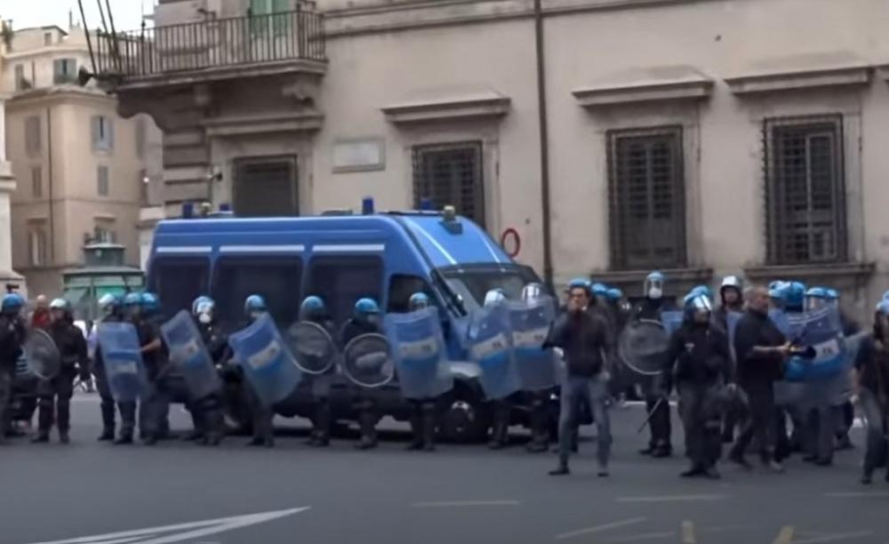 Roma. Manifestazione No Green Pass: 12 arresti