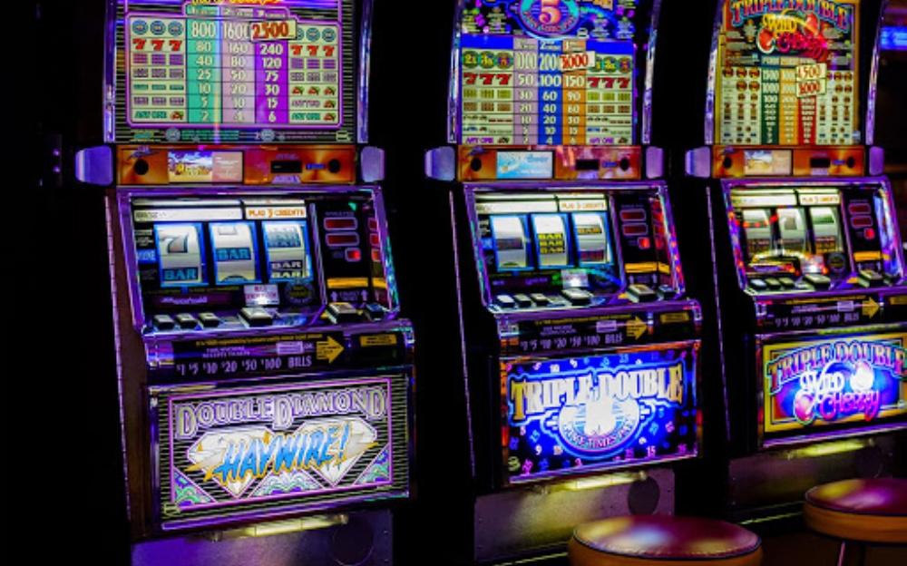 immagine slot machine divieto a cagliari emergenza coronavirus