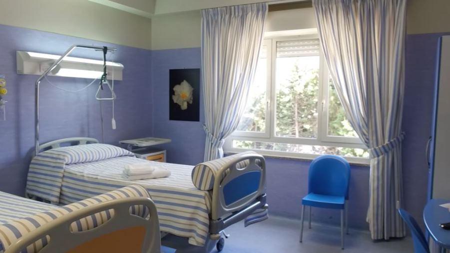 immagine stanza di ospedale