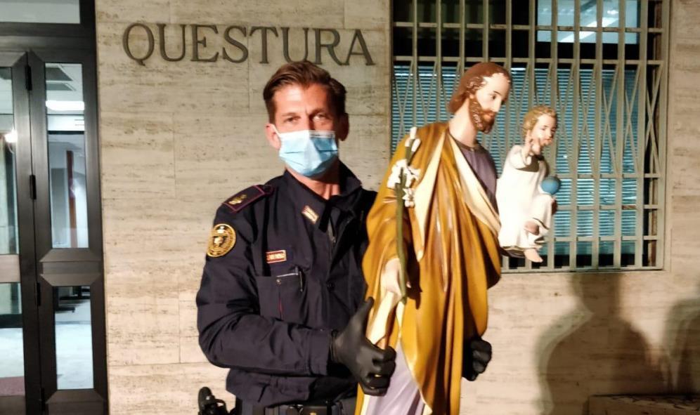 immagine polizia di stato statua di san giuseppe