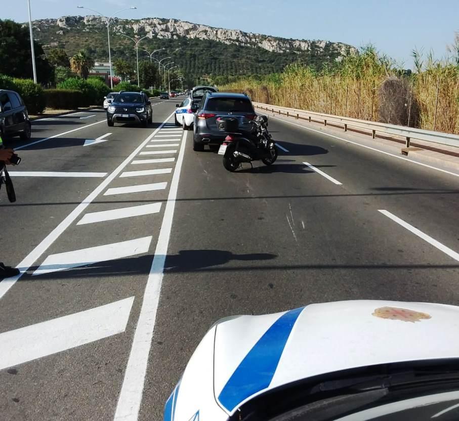 immagine incidente stradale poetto cagliari